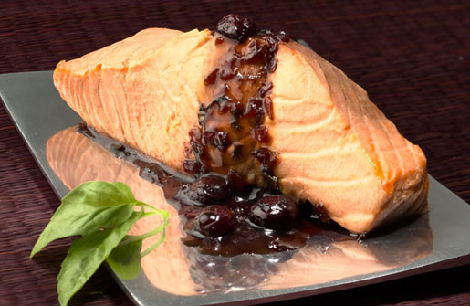 Blueberry Basil Sauce &#038; Poached Salmon
