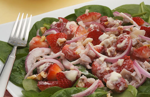 Spinach Strawberry-Walnut Salad